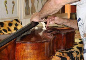 Ajustes de instrumentos de cordas